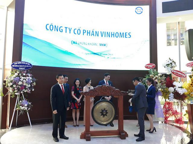 2,68 tỷ cổ phiếu Vinhomes chính thức niêm yết trên sàn HOSE. (Ảnh: Công Quang)